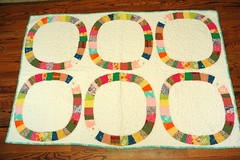 Single Girl Quilt (Bubbachic) Tags: single quilting stippling denyseschmidt lapsize singlegirlquilt