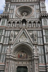 Il Duomo, façade (Olivier Monbaillu) Tags: monbaillu canon eos40d cattedrale cathédrale cathedral santamariadelfiore duomo firenze florence toscana toscane tuscany italia italie italy