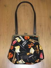 Bolso (cascabelesrojos) Tags: bag tienda patchwork handbag regalo artesania telas manualidades bolsos costura marote labores tejidosmarote patchworkmarote patchworkamericano httpswwwfacebookcompagesmarotepatchwork208323209190936