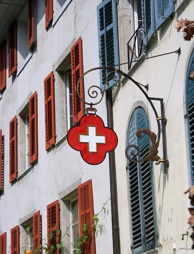solothurn schweizer kreuz by machen und tun
