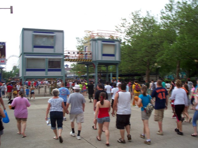 Cedar Point - Crowds Heading Out from Storm