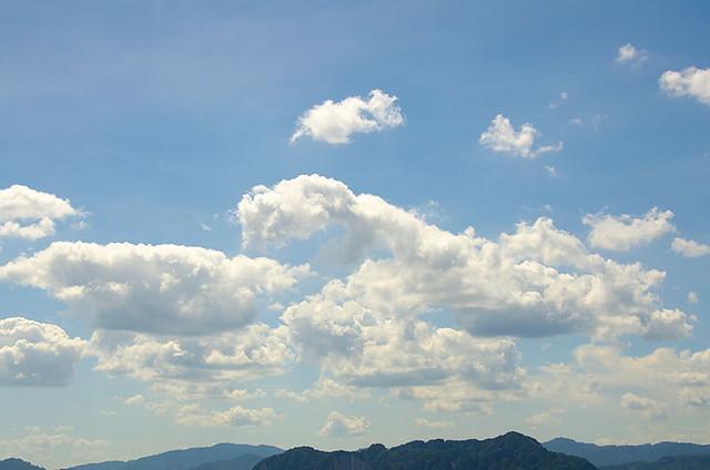 clouds-18-105
