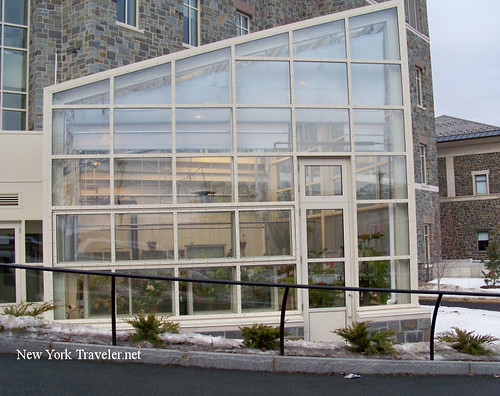 Colgate Greenhouse Bldg2