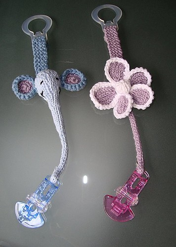 Itty-Bitty Pacifier Clips