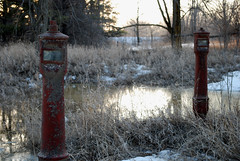Old Valves (k.landerholm) Tags: minnesota entropy ruins flickr decay historic twincities valves gow rosemount dakotacounty umorepark gopherordnanceworks productionlinea