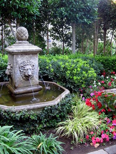 Upham Hotel Fountain