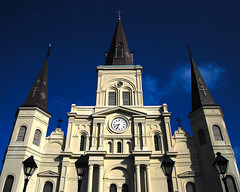 St. Louis Cathedral. New Orleans. (.I Travel East.) Tags: blue church architecture louis nikon louisiana cathedral basilica neworleans bluesky symmetry vision nikkor cgb frenchquarters chartresstreet d80 stephenswise cathdralesaintlouis itraveleast basilicaofstlouiskingoffrance visionlooksinwardandbecomesdutyvisionlooksoutwardandbecomesaspirationvisionlooksupwardandbecomesfaith