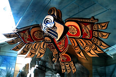 Vancouver 03 (Arquepoetica) Tags: city canada vancouver airport bc britishcolumbia ciudad stadt metropolis welcome bienvenida aeropuerto canad citta haida stadtbild aereopuerto sistemademuseosvirtuales arquepoetica arquepotica