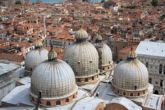 above (stefania borra) Tags: canon italia venezia grandangolo 1022 gondole serenissima stefaniaborra