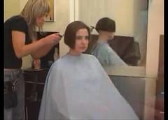 bob - 2009-06-02_110354 (bob cut) Tags: ladies haircut hair bob short razor