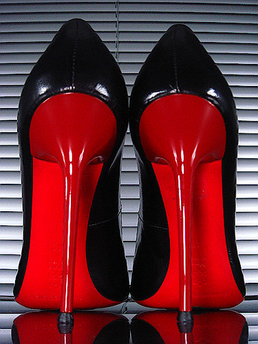 Red Back Heels - Qu Heel