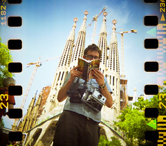 prime pickpocketing (sgoralnick) Tags: barcelona travel tlr film church 35mm spain cathedral chad tourist catalonia cameras sagradafamilia agfa guidebook agfaultra twinlensreflex sprockets sprocketholes blackbirdfly thirtyoneteeth