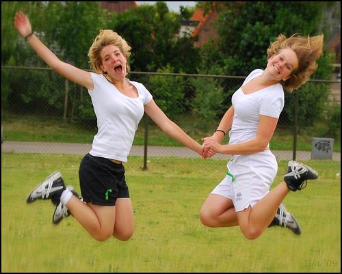 Best friends jumping :o)