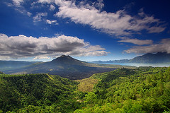 Batur Volcano and Lake (tropicaLiving - Jessy Eykendorp) Tags: sky bali lake green nature clouds indonesia landscape volcano north east mount batur northeastern kintamani efs1022mm roq outdoorphotography canoneos50d flickrdiamond tropicaliving hitechfilters vosplusbellesphotos rawproccessedwithdigitalphotopro tiffproccessedwithadobephotoshopcs3 bwslimcircularpolarizingcplmrcfilters77mm