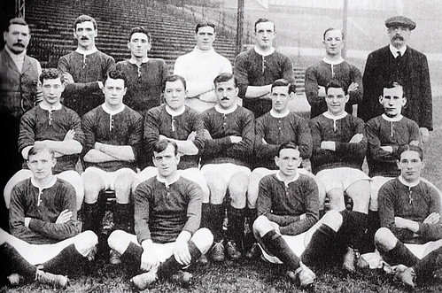 Manchester United 1913/14 team photograph (2)