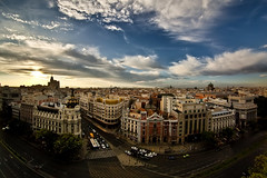 Metropolis - HDR (Ender079) Tags: madrid street city sunset sky espaa sun cars sol rooftop clouds buildings atardecer calle spain edificios traffic centro ciudad center explore cielo nubes metropolis azotea hdr coches cba trafico 21012 circulodebellasartes 5exp peleng8mm35fisheye oneraw canoneos450d
