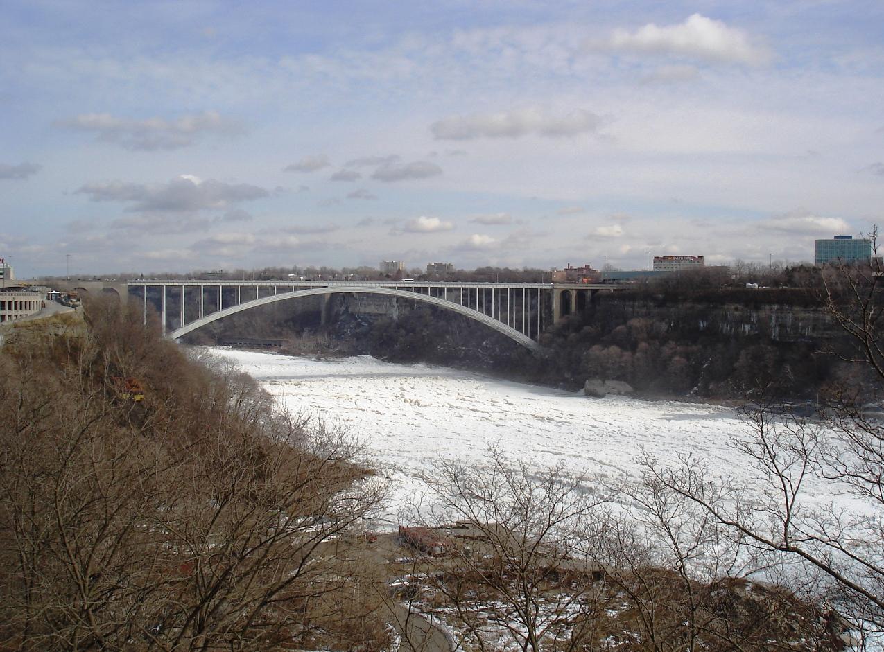 Niagara Falls With Chuck 018i