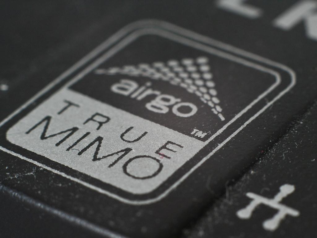 Wireless PCMCIA card close-up (Macro)