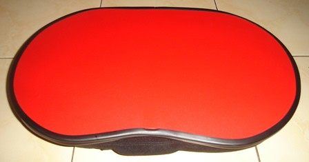 Alas Laptop Merah