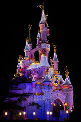 DLP Feb 2009 - Le Chateau de la Belle au Bois Dormant at Night (PeterPanFan) Tags: travel pink vacation france castle night canon europe purple disney christmaslights fr 15th disneylandparis 30d dlp sleepingbeautycastle disneylandresortparis marnelavalle canon30d 5photosaday canoneos30d lechteaudelabelleauboisdormant disneyphotochallenge disneyphotochallengewinner jonfiedler castlechristmas
