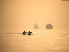 Rowers in the Greek harbour of Thessaloniki. (Rudgr.com) Tags: world travel wallpaper travelling high paradise quality widescreen wide screen traveller hires countries hi wallpapers global wallaper gobe wallapers