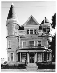 Ouerbacker Mansion in 1980 (deatonstreet) Tags: kentucky historic national louisville register mansion 1980 ouerbacker