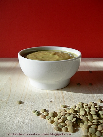 Crema di lenticchie al curry - Lentils soup with curry