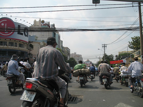 Saigon traffic (5)
