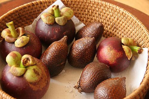 Mangosteen and Snakeskin fruit