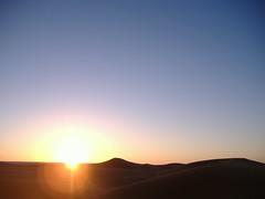 Sunrise at desert (Nuno Katapuno) Tags: sahara sunrise desert morocco maroc marrocos