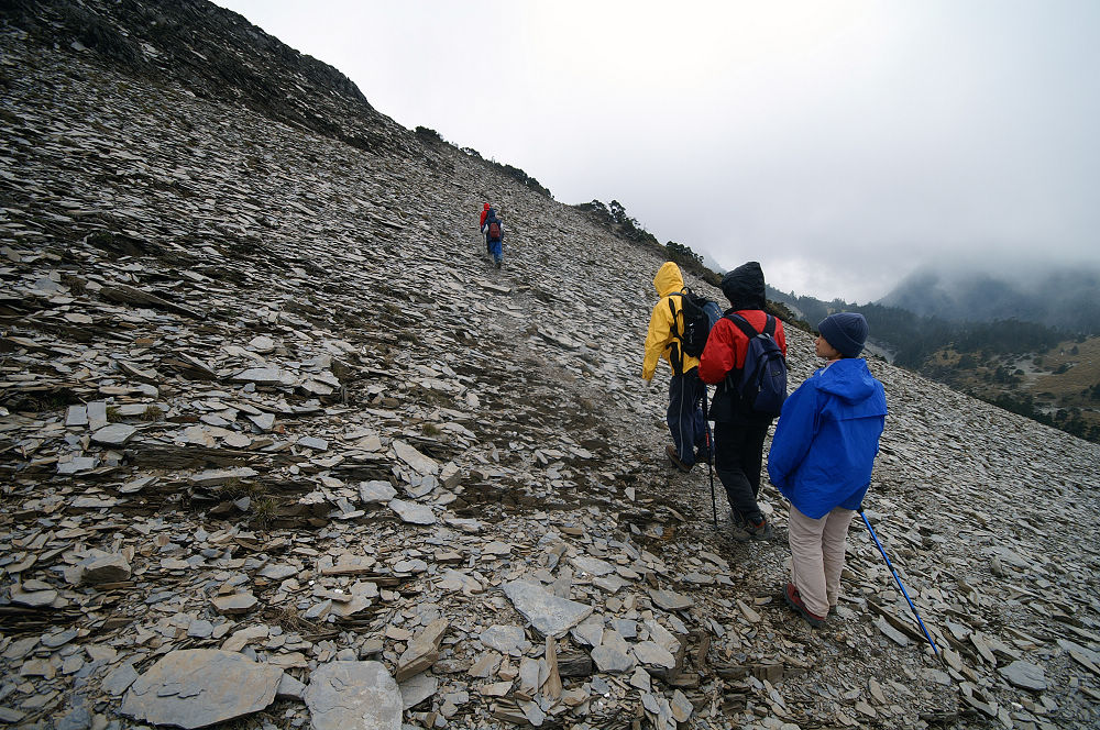 28-東峰碎石坡走不完