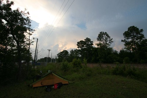 Morning camp in Oceans Springs, 20 meters from the railroad...