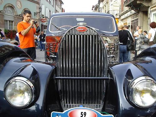 Bugatti Calandre (by fangio678)