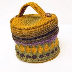 Treasure in the Garden (paivieerola) Tags: bag