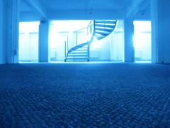 blaue Wendeltreppe (izzieLiving) Tags: hamburg blau stilwerk wendeltreppe