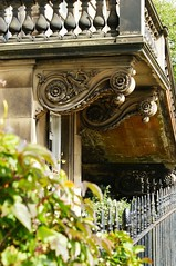 Edinburgh, Queensferry Street (chakchouka) Tags: scotland edinburgh balcony stonework georgian railing newtown