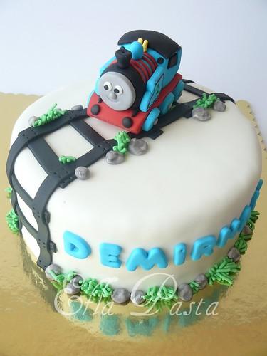 Train thomas cakes 1