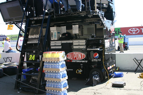 The 24 pitcrew of Jeff Gordon is ready for a long hot day at Sonoma. Photo Credit: ME