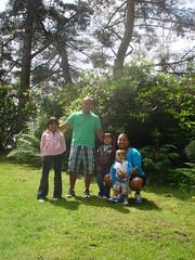 Sony's family photo op (saysana_13) Tags: snoqualmiefalls