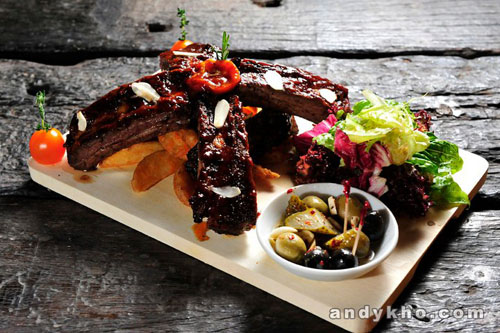 015 Brontosaurus Beef Ribs with Wedges RM78