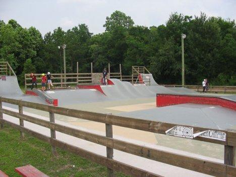 3298508982 c29d4d904d o 10 Arena Skateboard Yang Super Keren