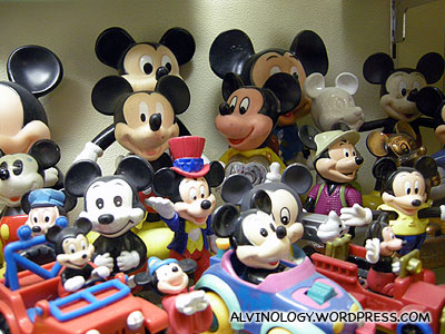 Old Mickey Mouse toys