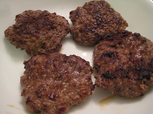 Beef patties (cooked)