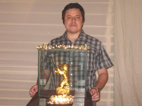 Javier Fernandez con el Oso