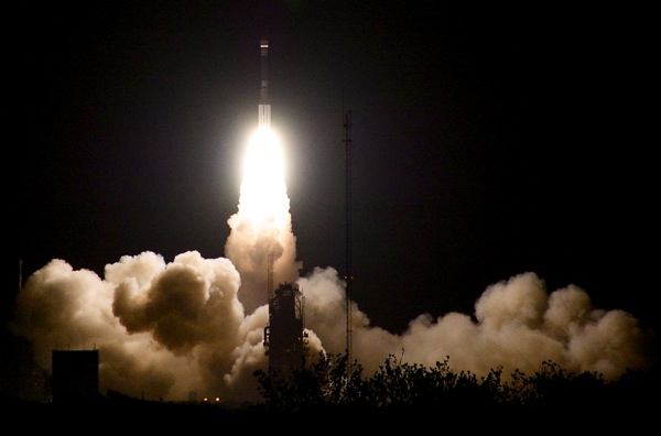 Delta 2 liftoff
