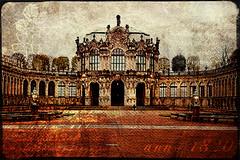 Das Schloss (Frau_Doktor) Tags: texture digiart architektur gebude texturen fotoart fotokunst digitalebearbeitung