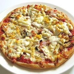 pizza-arcobaleno-special (Arcobaleno Italian Restaurant) Tags: cuisine restaurant italian dining chiangmai dishes arcobaleno