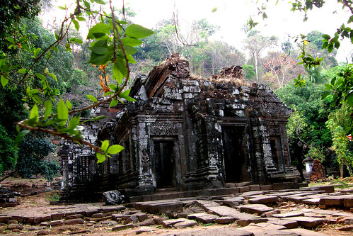 80.Wat Phu Champasak的主殿