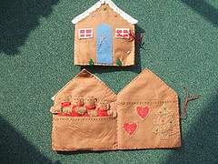 Christmas - Gingerbread House - Card Holder.