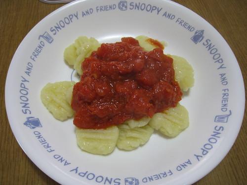 ジャガイモのニョッキとトマトソース